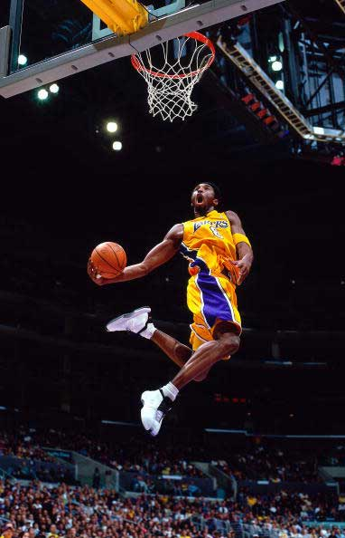 kobe bryant dunk. player Kobe Bryant is.